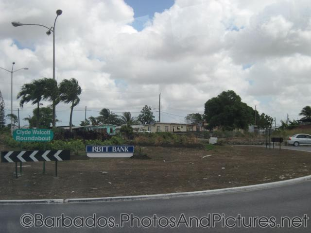Clyde Walcott Roundabout at Barbados.jpg